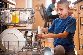 boy-doing-dishes